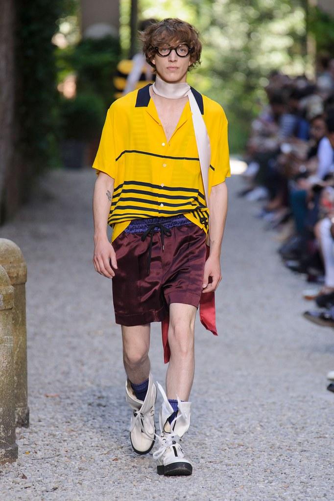 SS16 Milan Andrea Pompilio014_Xavier Buestel(fashionising.com)