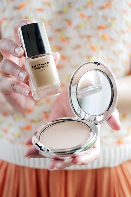 ULTIMA II Wonderwear Makeup & Pressed Powder