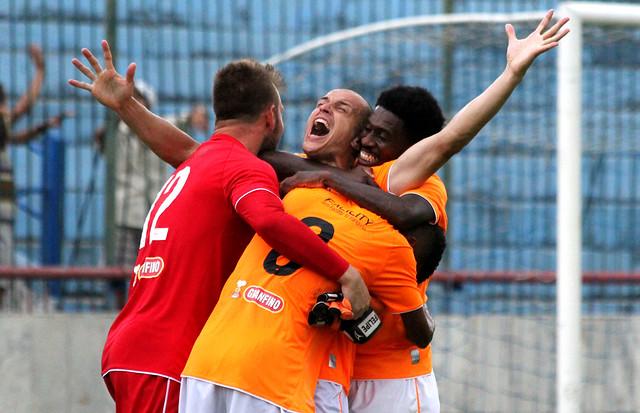 Gol de Paulo Henrique
