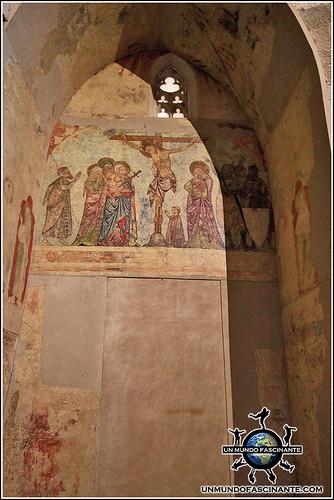 Frescos románicos. Catedral de Lleida. Cataluña. España.
