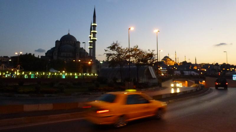 Turquie - jour 23 - Balades poétiques et visages stambouliotes - 178 - Eminönü