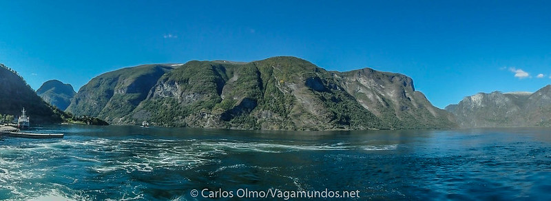P8280775 Pano Noruega navegacion fiordo Sognefjord-2