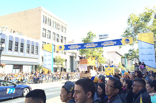 Golden State Warriors - Victory Parade Coaching fans