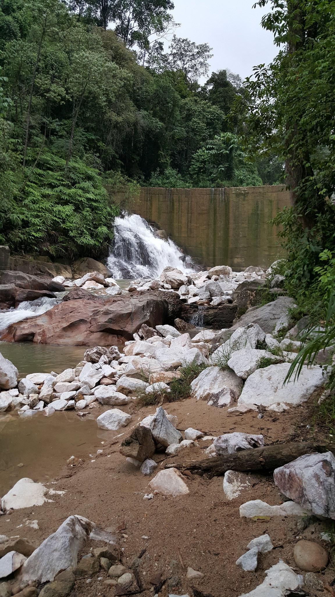 Daisybutter - Hong Kong Lifestyle and Fashion Blog: Daisybutter Travels, Malaysia, Kuala Lumpur, Ipoh, Ipoh natural hot springs