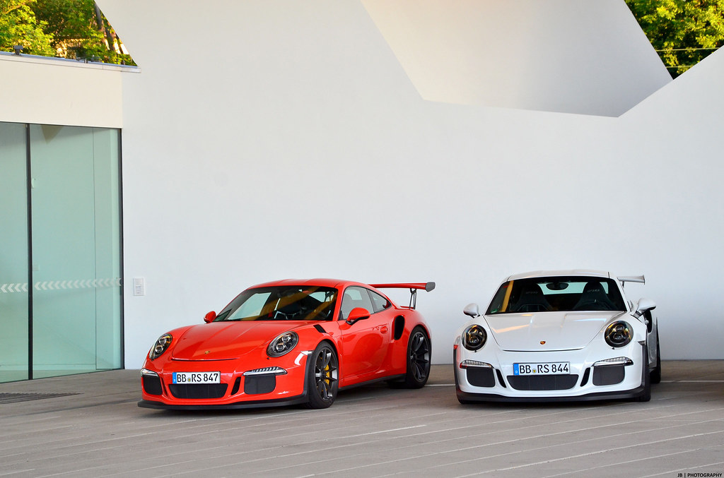 gt3 rs 39 porsche 991 gt3 rs duo at the porsche museum j b photography flickr. Black Bedroom Furniture Sets. Home Design Ideas