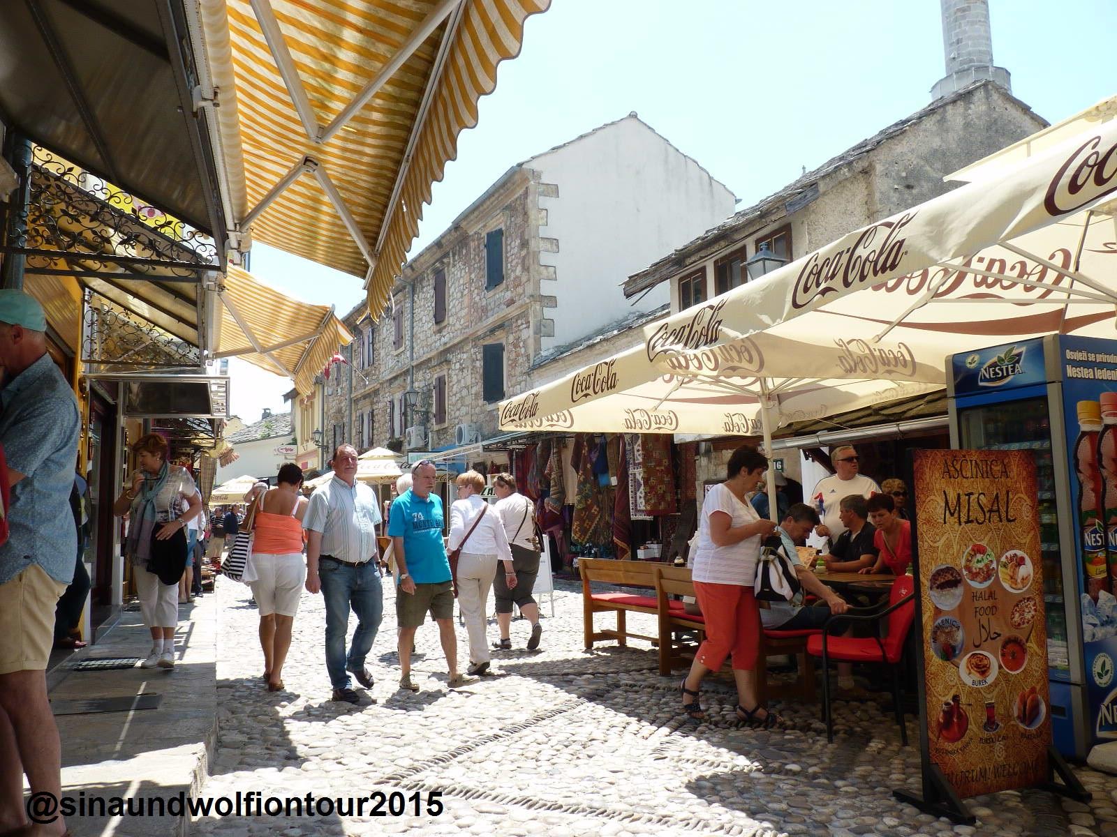 reges Treiben in der Altstadt