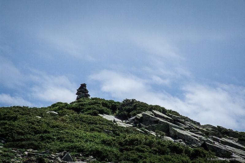 Pila de piedras cerca del Coll de Pla Amagat