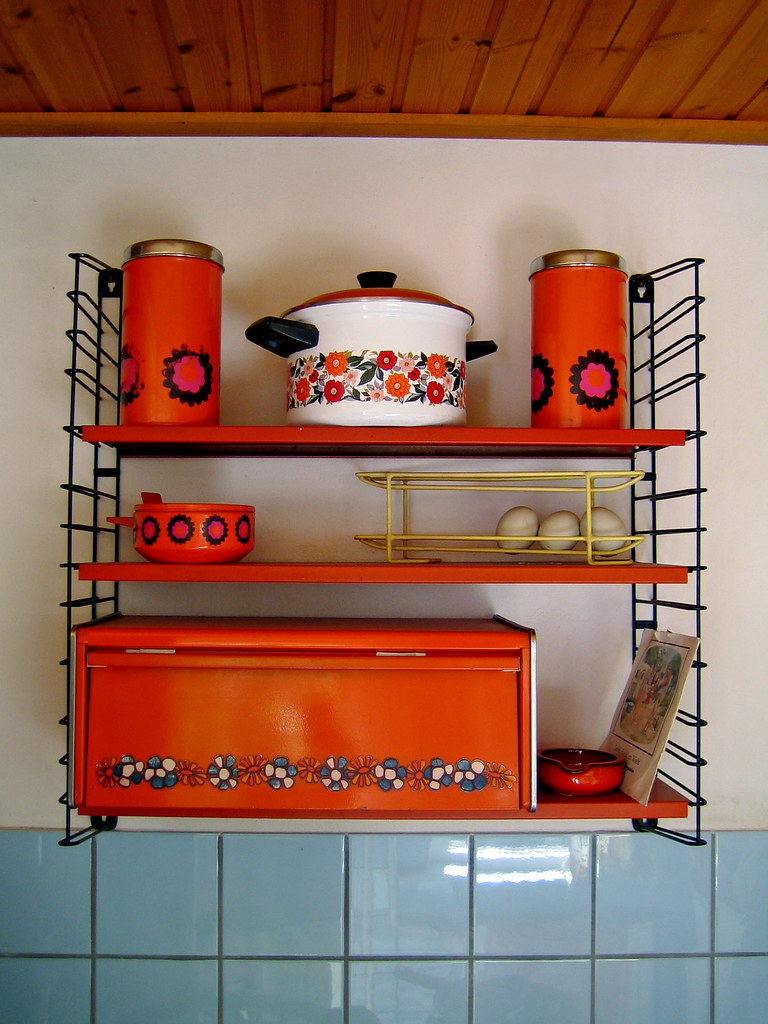 1960s kitchen i feel soooo old paul downey flickr for Interieur 70 jaren