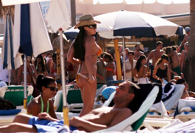 Hot spanish girls from colorado on spring break part 2 - 3 9