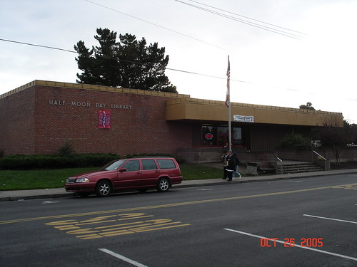 Half Moon Bay Public Library | by Travelin' Librarian