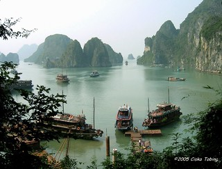 ha long bay - vietnam | by chillntravel