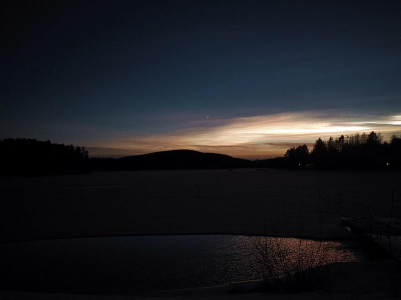 auringonlasku talvi suomi