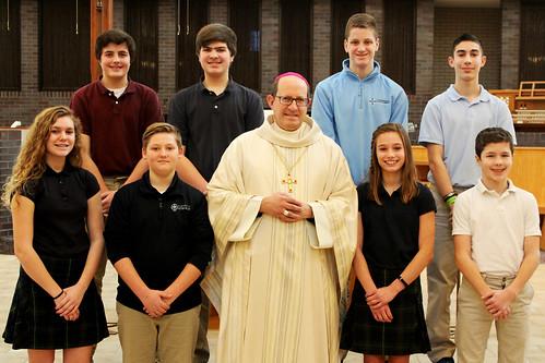 Bishop Walkowiak celebrates Mass for Holy Spirit and St. Anthony of Padua Catholic schools