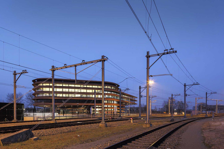 mm_Train khiển Centre Utrecht thiết kế bởi de Jong Gortemaker Algra_05
