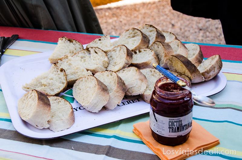 pueblos del macizo del Canigó pan y mermelada