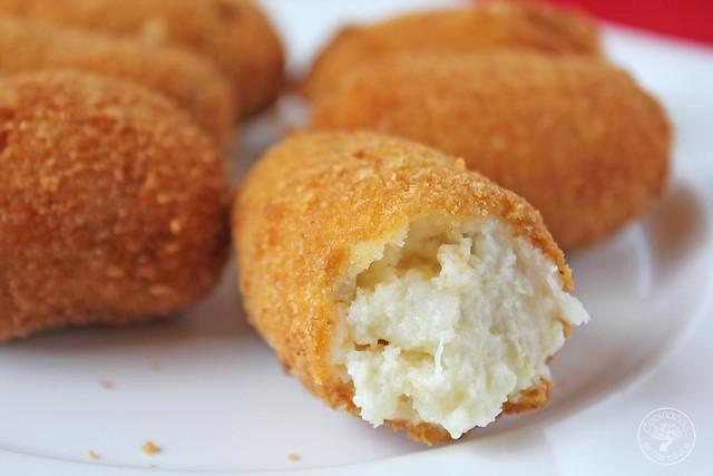 Croquetas Bacalao www.cocinandoentreolivos.com (12)