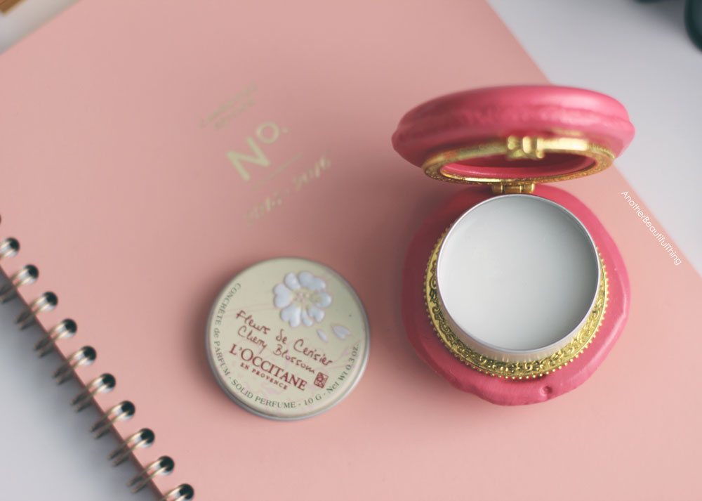 L'occitane perfume solid perfume - Office appropriate beauty products