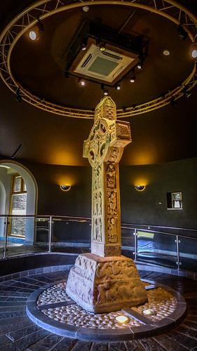 High Cross at Clonmacnoise-003