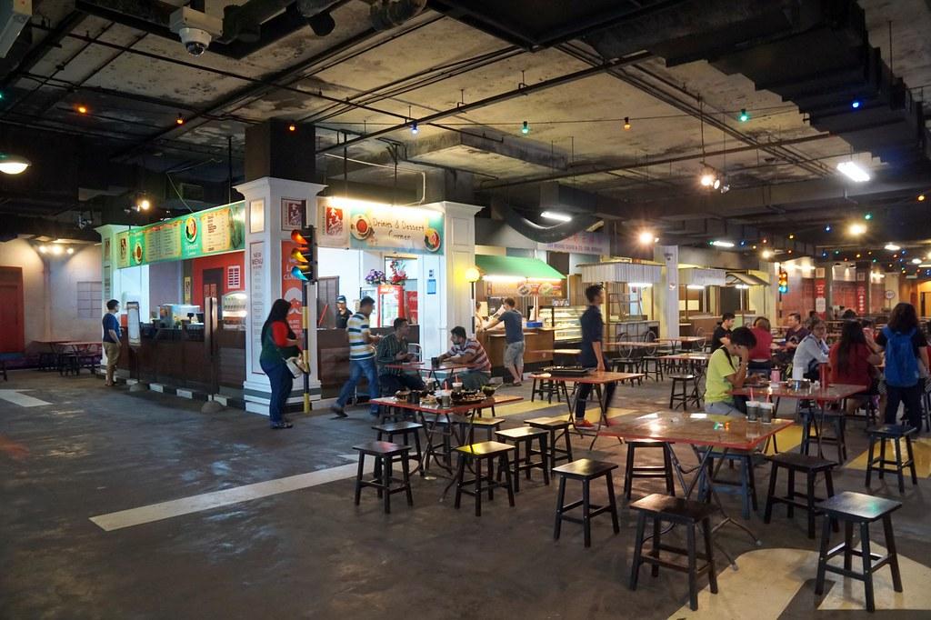 terminal pahlawan melaka - shopping -012
