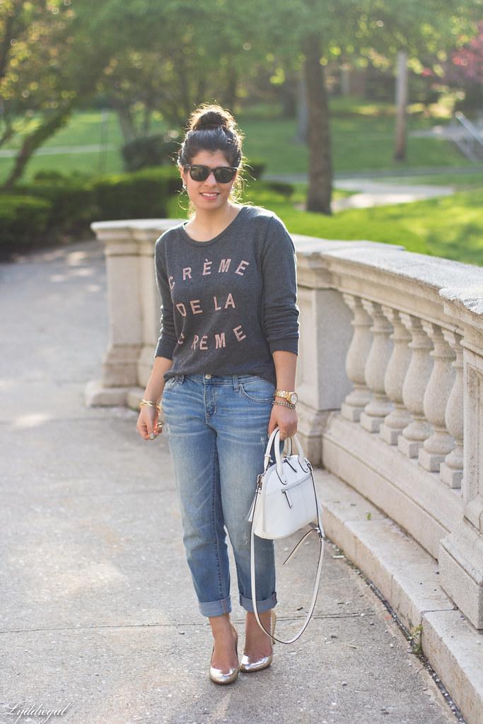 creme de la creme sweatshirt, boyfriend jeans, silver pumps-2.jpg