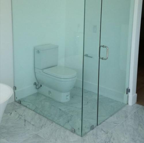 imagen graciosa de baño muy íntimo