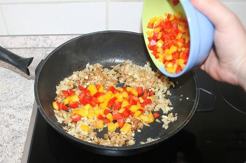 25 - Paprika hinzu geben / Add bell pepper