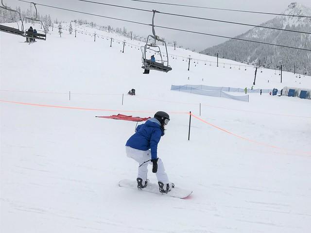 Snoqualmie snowboarding