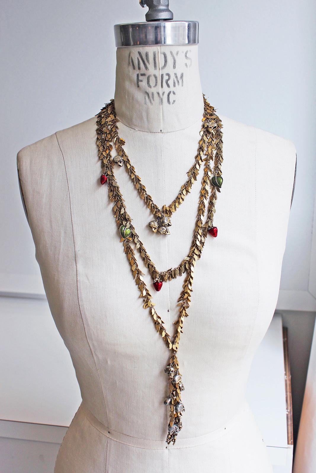 DIY Skull Necklace