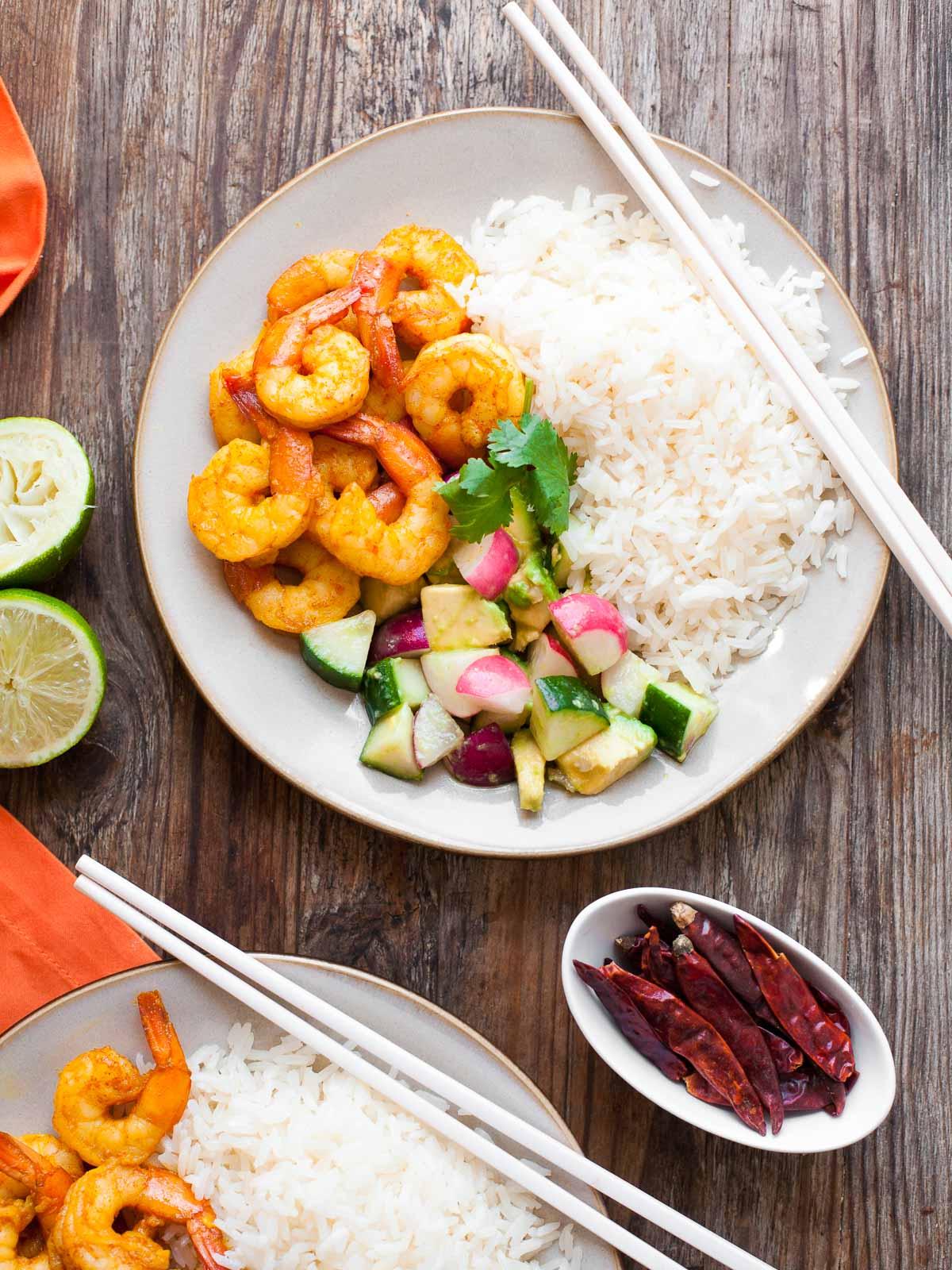 http://www.acalculatedwhisk.com/2015/03/burmese-chile-prawns-cucumber-avocado-salad.html