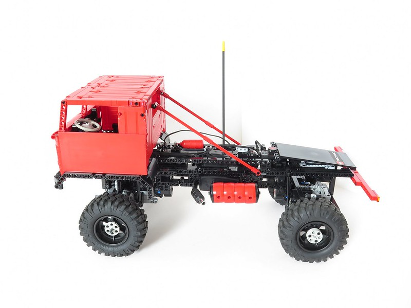 Gaz 66 Trial Truck With Rc System And 19 Tyres Lego Technic And