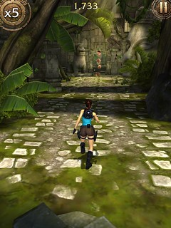 Lara Croft Relic Run 011