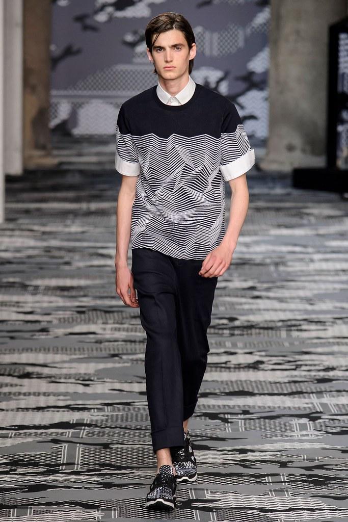 SS16 Milan Neil Barrett009_Alfons Miari(fashionising.com)