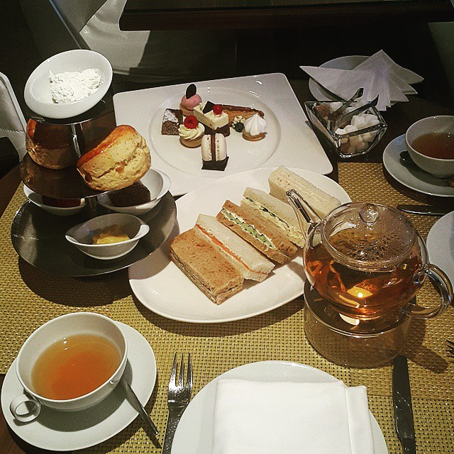 Afternoon Tea Set Cake Shop