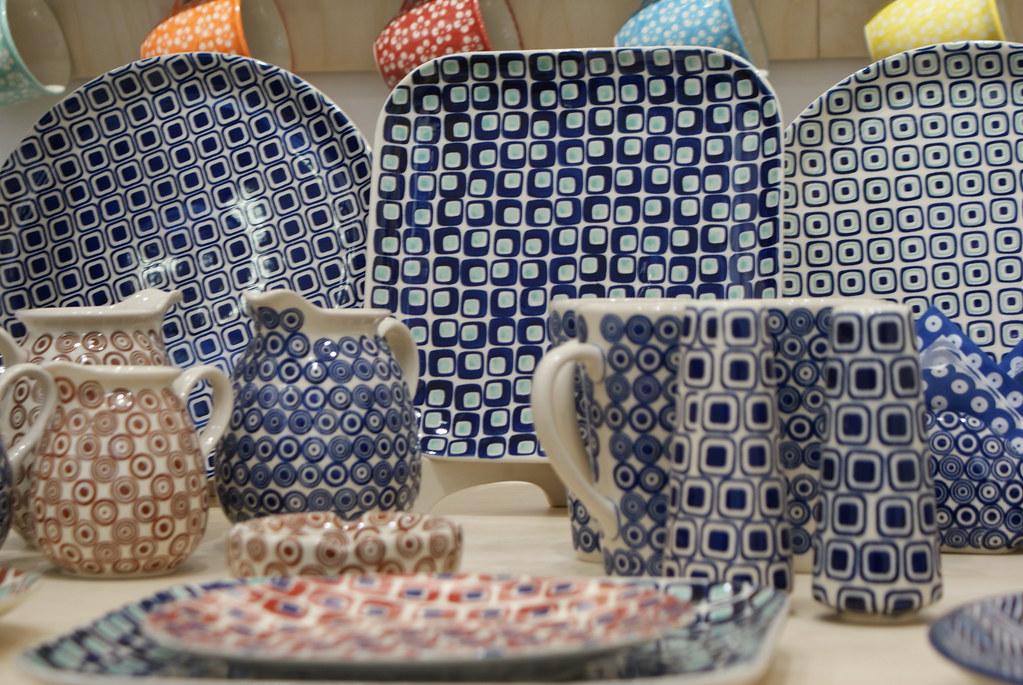 Porcelaine de Boleslawiec dans une boutique de Wroclaw.