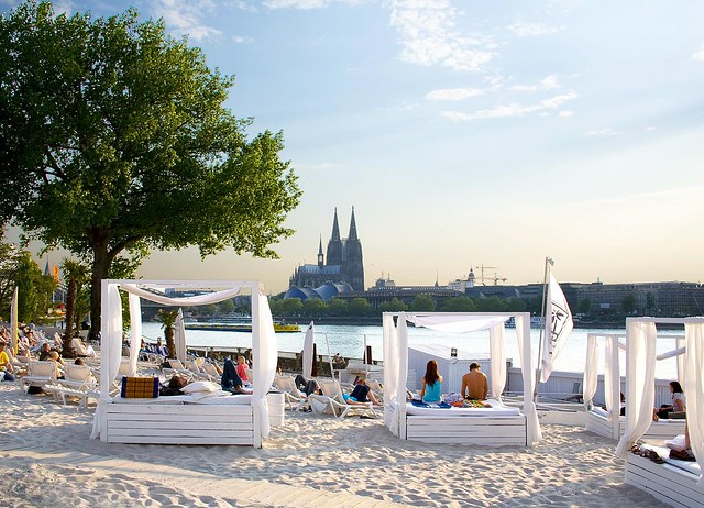 Km 689 Cologne Beach Club