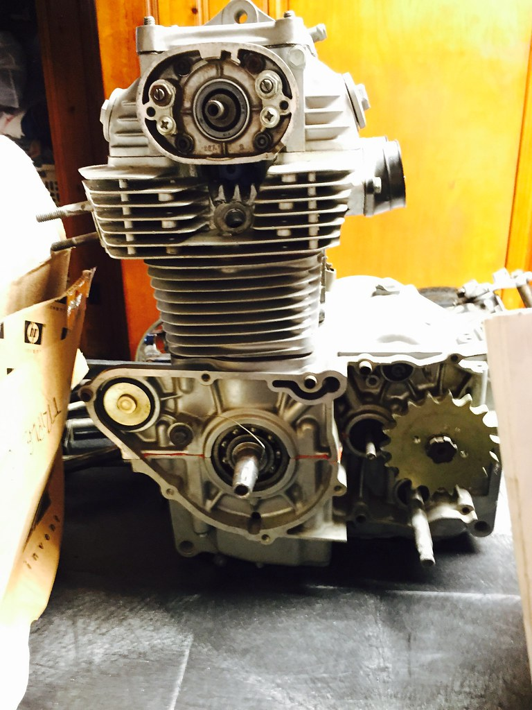 What Is A Head Gasket >> AHRMA CB350 racing engine | For Sale: Honda CB350 twin