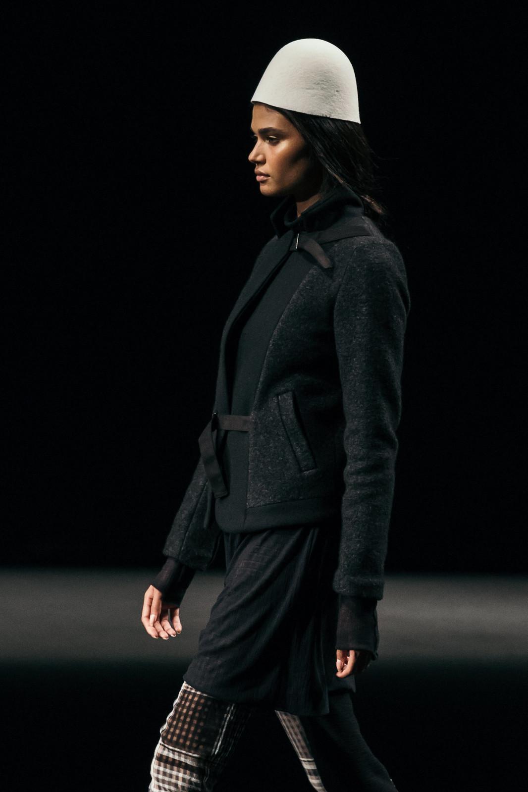 Jessie Chanes - Seams for a desire - 080 Bacelona Fashion #080bcnfasion -24