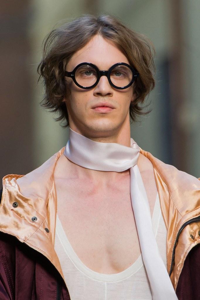 SS16 Milan Andrea Pompilio119_Stefan Knezevic(fashionising.com)