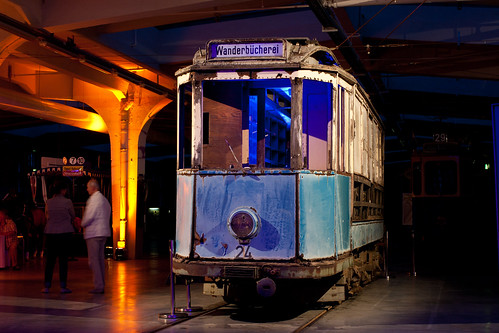 Der Wanderbüchereiwagen 24 der Münchner Trambahn ist zurück in München