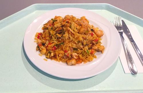 Spanish paella with seafood, fish & chicken / Spanische Paella mit Meeresfrüchten, Fisch & Huhn