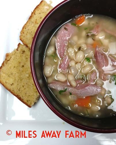 Ham hock & Bean soup