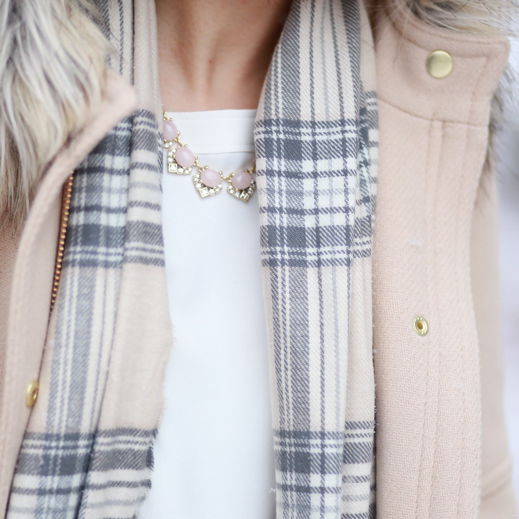 LOFT Blush Crystal Necklace