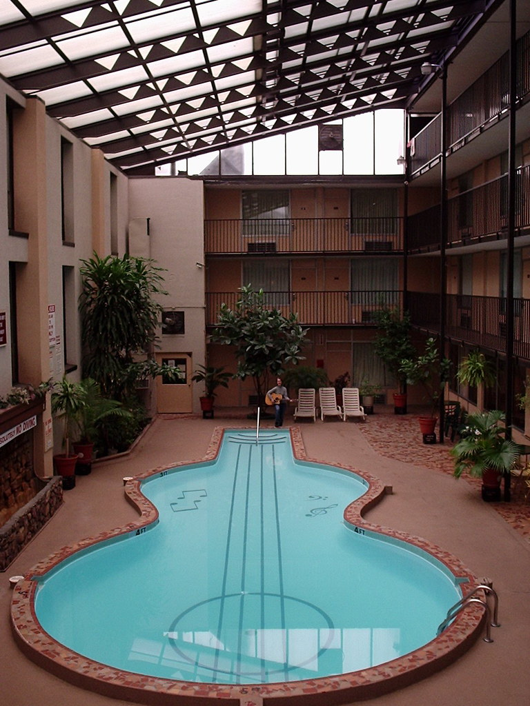 Guitar shaped pools are cool the ramada inn in nashville for Pool design nashville