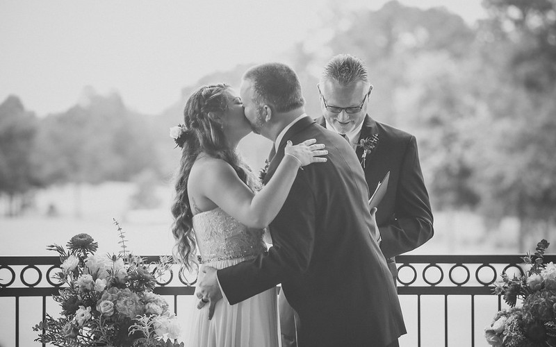 Bryce Lafoon Photography l First Kiss Photo