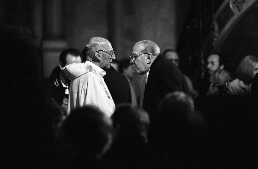 Pinochet's Min. of Justice and Military Vicar at Mass, Santiago 88 | by Marcelo  Montecino