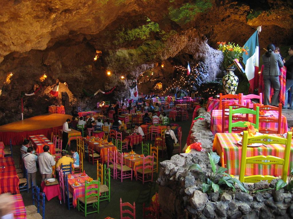Cuba attractions – Restaurant La Gruta