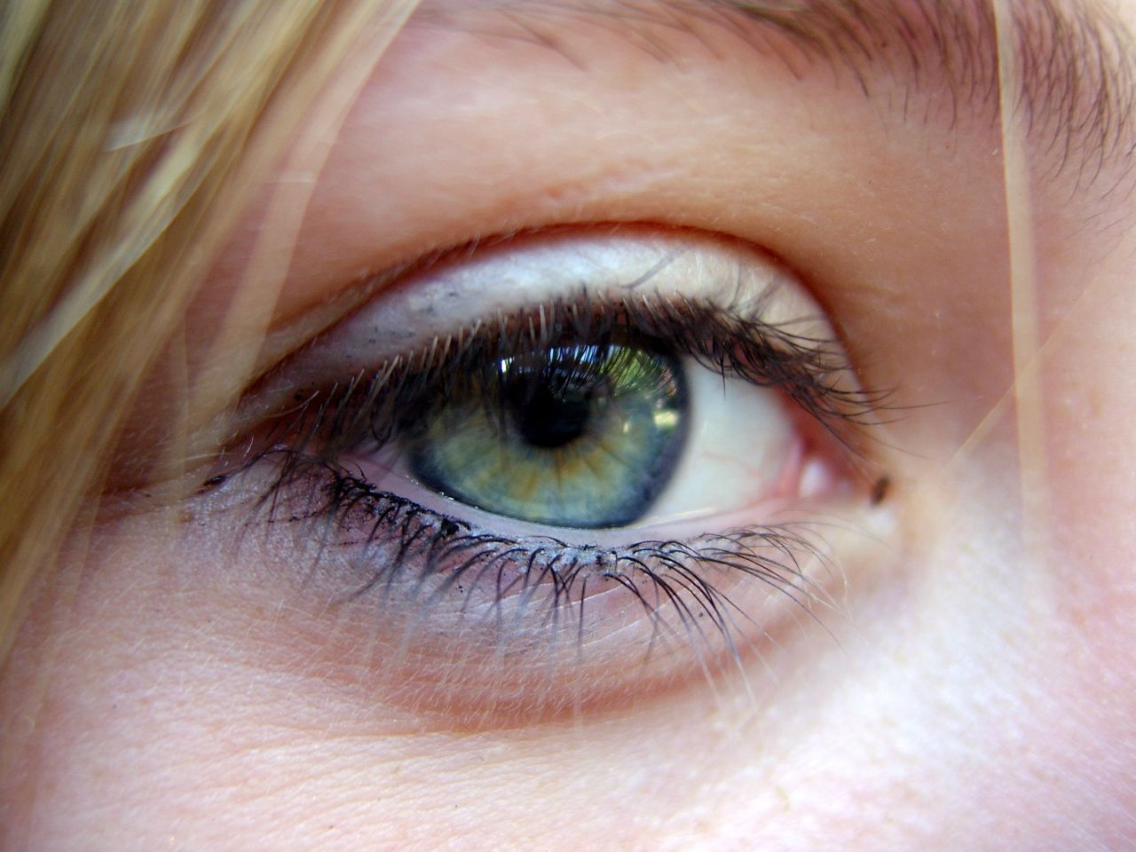 HannahPovey Eye 01