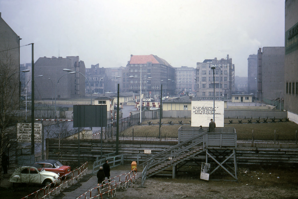 View of Checkpoint Charlie - 1967 | Checkpoint Charlie ...