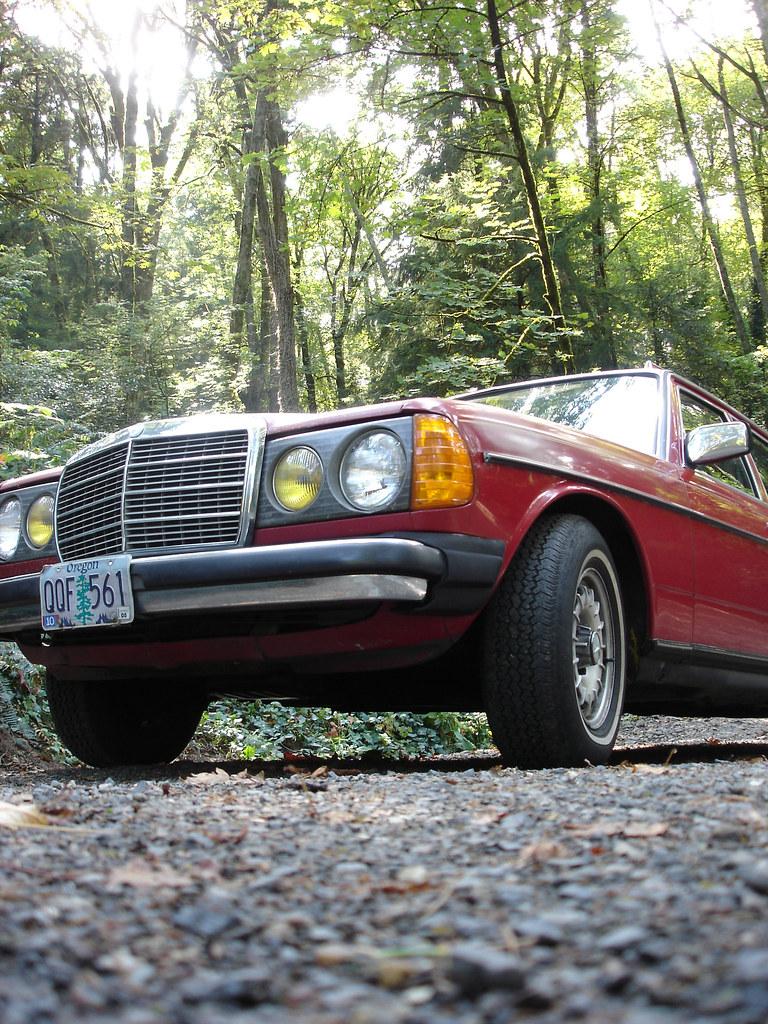 Mercedes Benz Portland >> Red Mercedes Benz Portland Oregon Curtis Perry Flickr