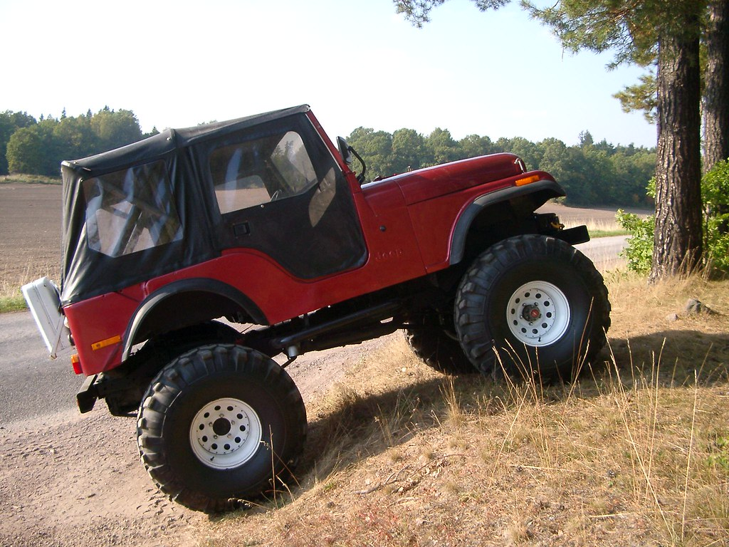 Jeep CJ5 1975   With canvas top on.   Xter Johansson   Flickr